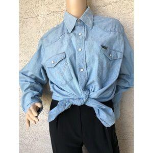 VINTAGE   Wrangler western cut chambray snap shirt